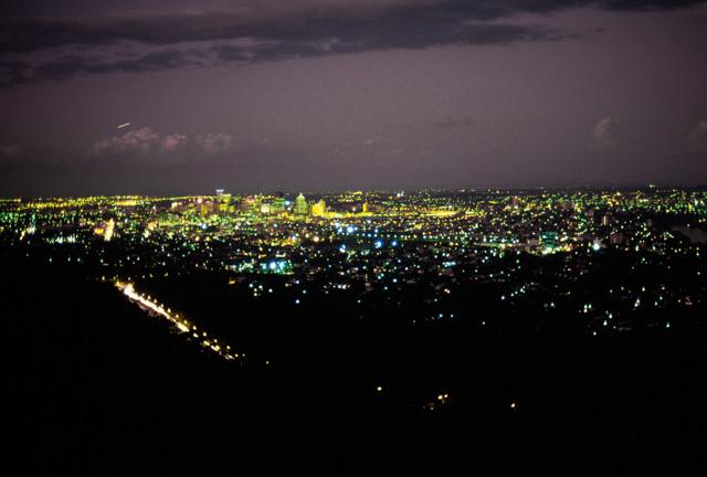 マウントクーサからの夜景