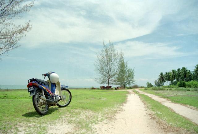 マレーシアをバイクで走る