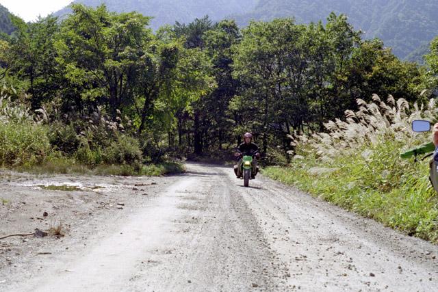 福島の林道をKSRで走る