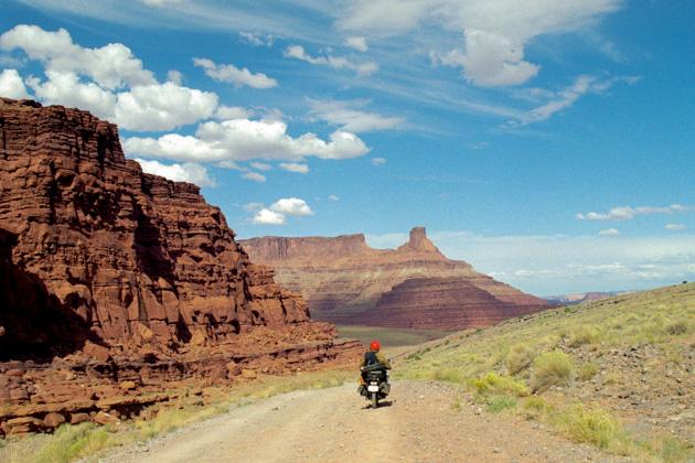 ユタ州をバイクで走る
