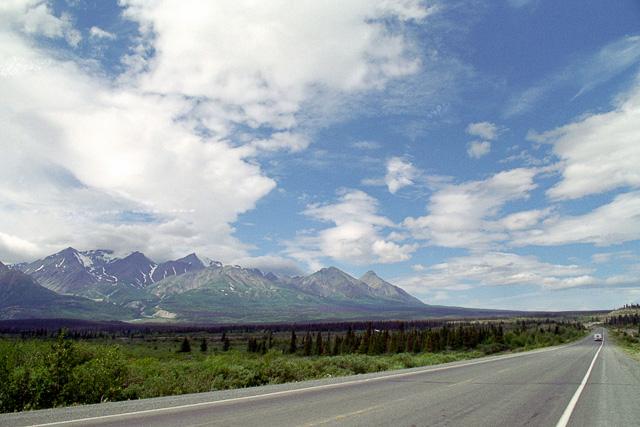 クルーエイン国立公園の山々