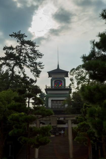 ステンドグラスがある尾山神社