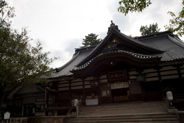 尾上神社の拝殿