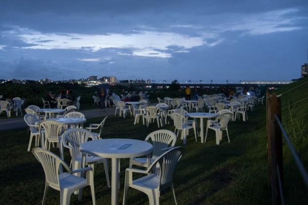 川崎市制記念玉川花火大会の有料協賛席4人テーブル席