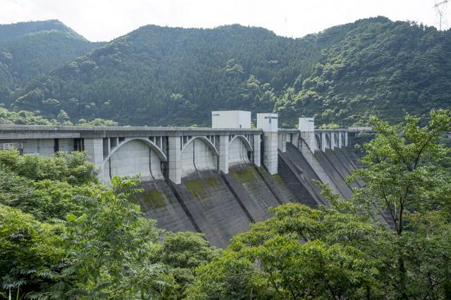 全国2番目の高低差がある浦山ダム