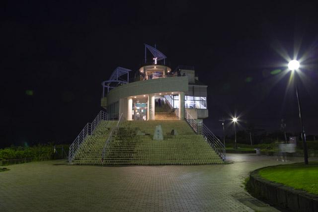 湘南平のレストハウス展望台