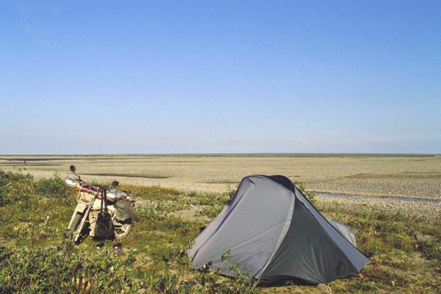 北極圏でのキャンプ