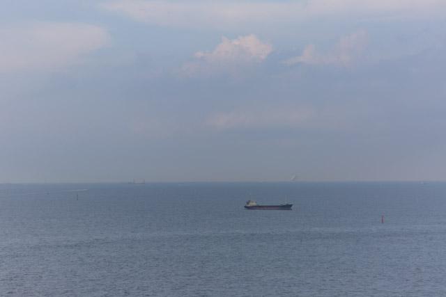 横浜港シンボルタワーからの眺め