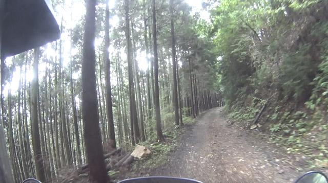 林道・剣ヶ峰七重線を走る