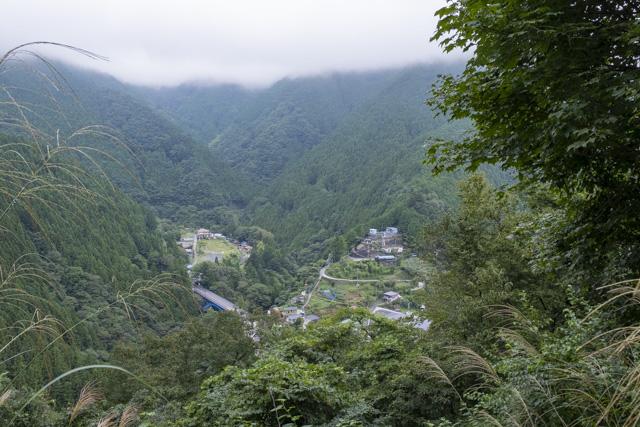 林道・井戸入線の展望ポイントからの風景