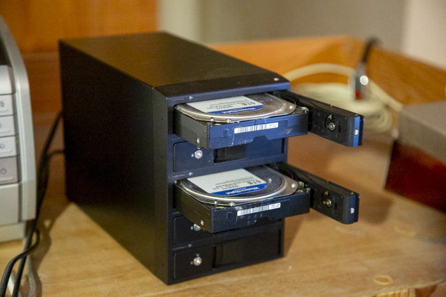裸族の集合住宅5BayのHDDの刺し方