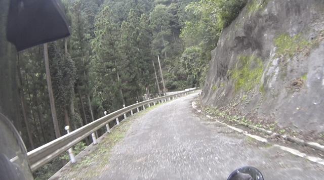 林道・越沢線の道