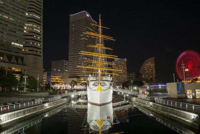 ヨコハマミライト・横浜のイルミネーション散策