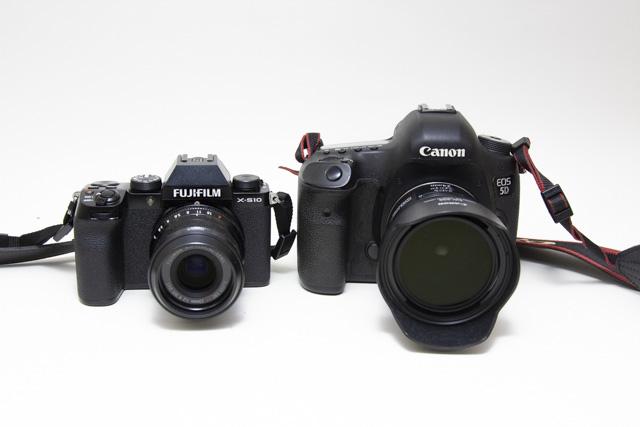 フジフィルム X-S10とキヤノン5D3との大きさ比較