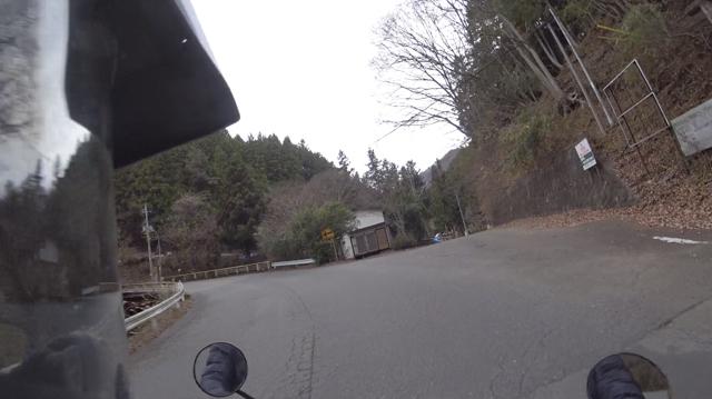 県道35号線・雛鶴トンネル方面への旧道入口
