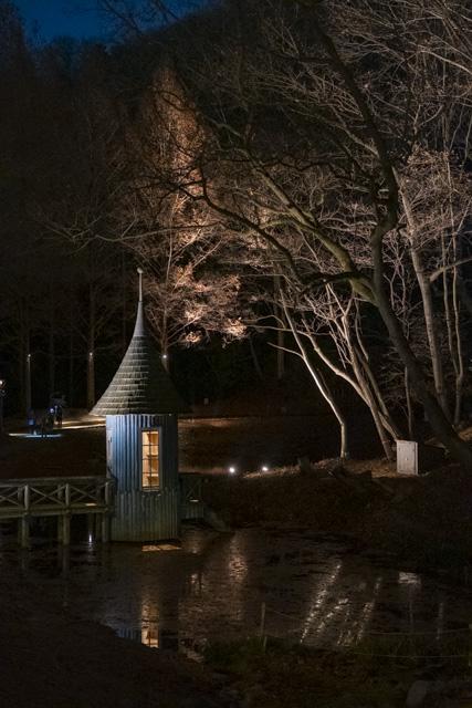 トーベ・ヤンソンあけぼの子どもの森公園のライトアップ