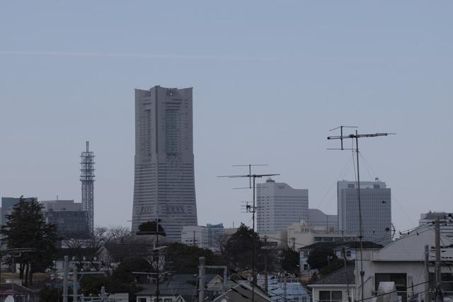 旧根岸住宅跡地から横浜を眺める