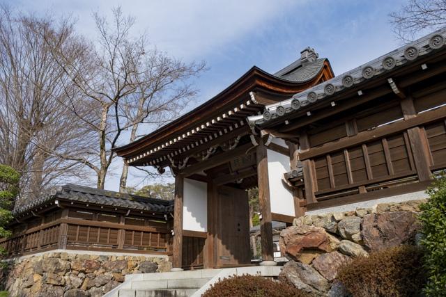 能仁寺の中雀門