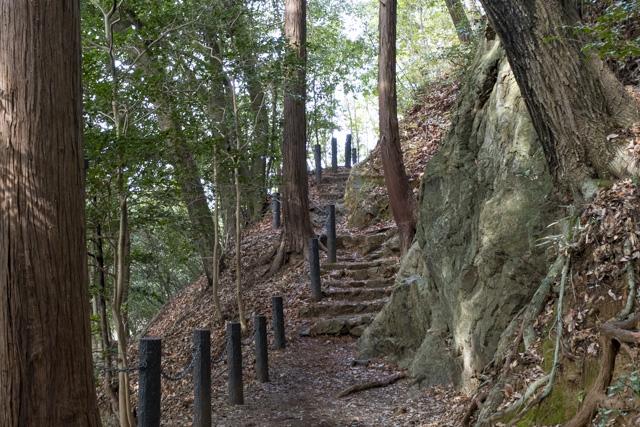飯能・天覧山の登山道
