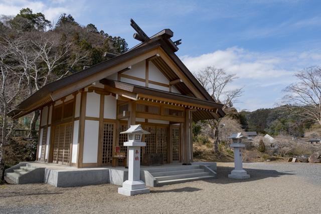 秩父御嶽神社・東郷公園の里宮遥拝殿館