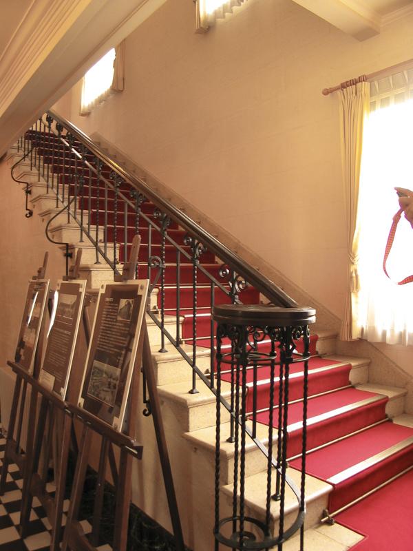 横浜山手西洋館・べーリックホールの階段