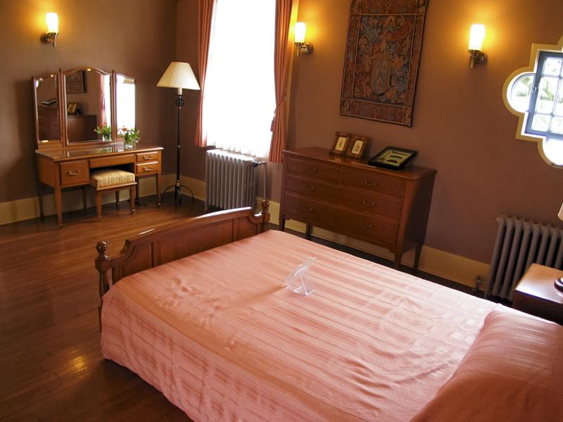 横浜山手西洋館・べーリックホールの夫人寝室