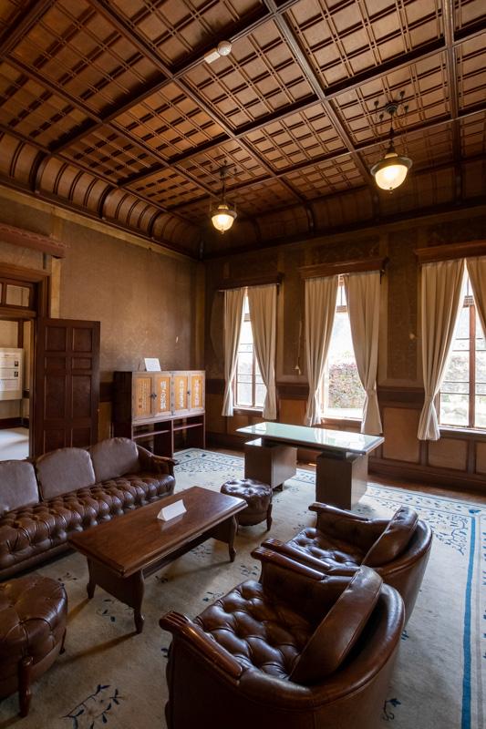 旧石川組製糸西洋館の応接室