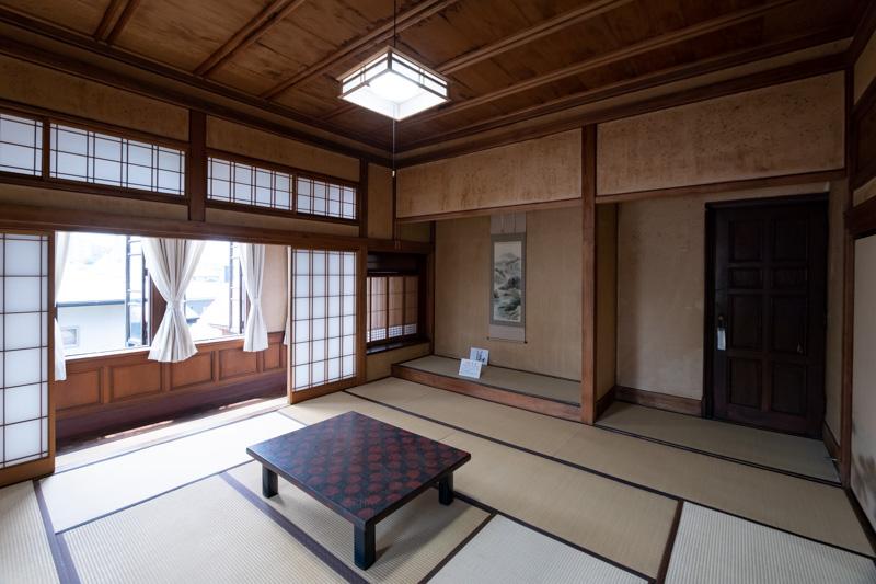 旧石川組製糸西洋館の和室