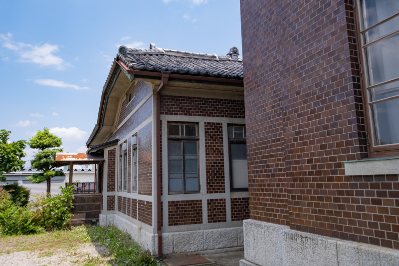 旧石川組製糸西洋館の別館外観