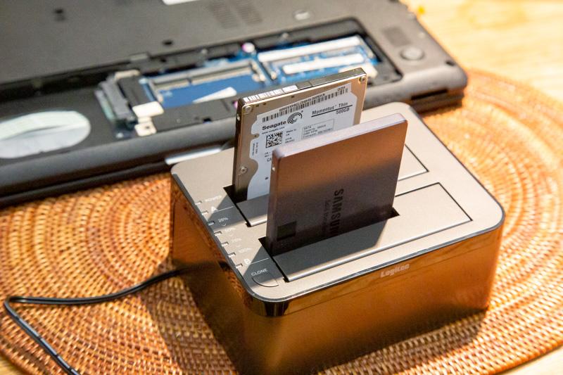 デュプリケーターでSSDにデータを複製