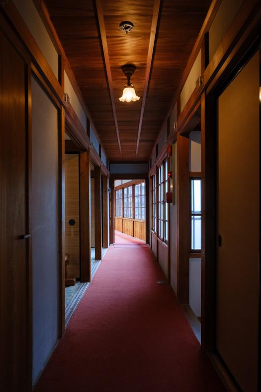 沼津御用邸・西附属邸の廊下