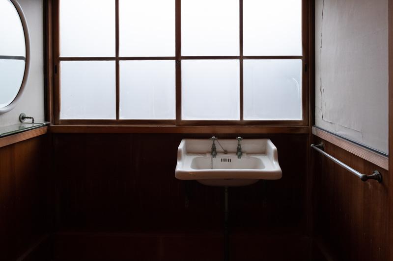 沼津御用邸・西附属邸の洗面所