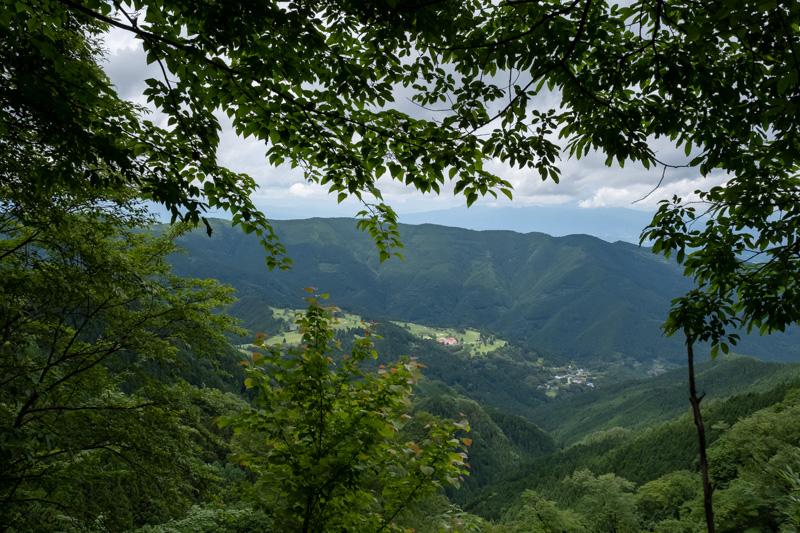 林道・東御荷鉾線からの眺め
