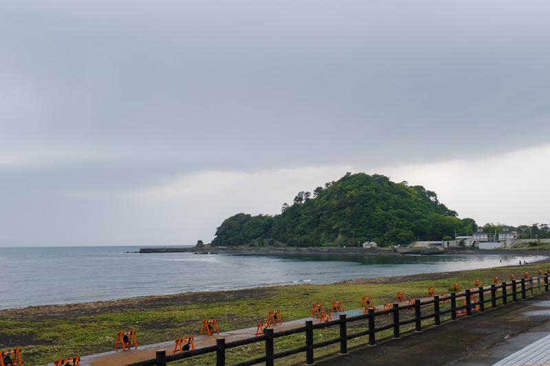沼津御用邸から海を眺める