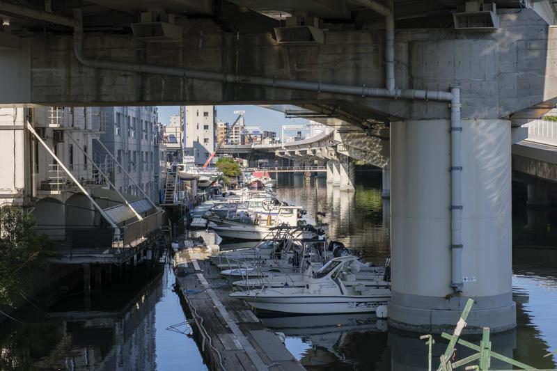 運河にあるマリーナ