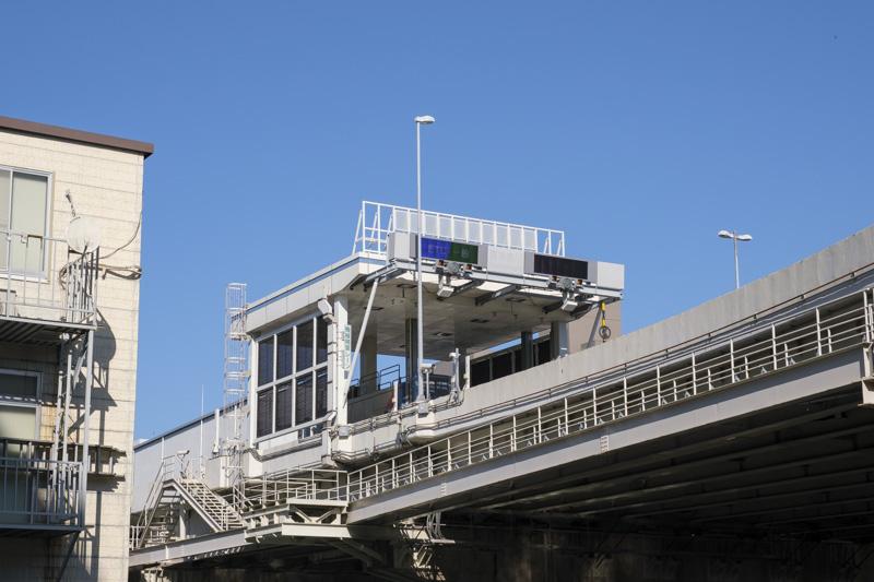 首都高速神奈川1号横羽線・東神奈川ランプ