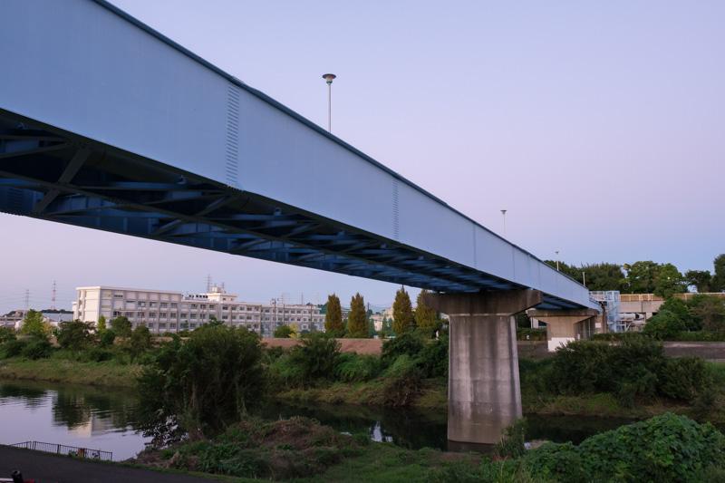 新羽ポンプ場汚水圧送管橋
